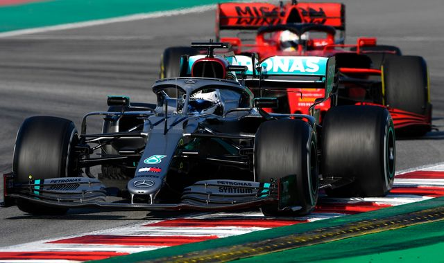 F1 Testing, Day Three AM: Ferrari sidelined as Mercedes up the ante