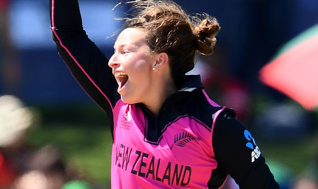 New Zealand fight back to beat Bangladesh at the ICC Women's T20 World Cup.