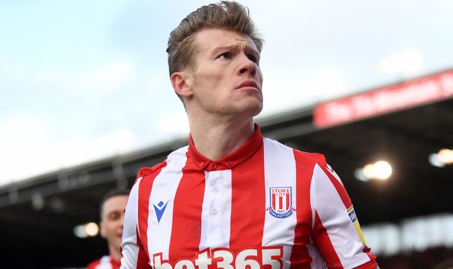 James McClean on PPE gesture, coronavirus abuse & 'ridiculous' demands on players