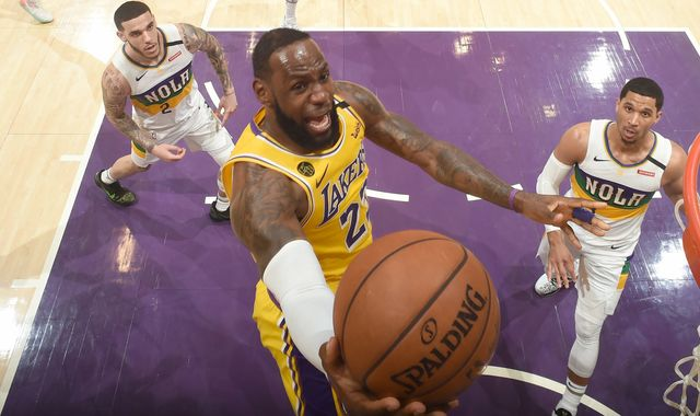 LeBron James outduels Zion Williamson as Los Angeles Lakers defeat New Orleans Pelicans