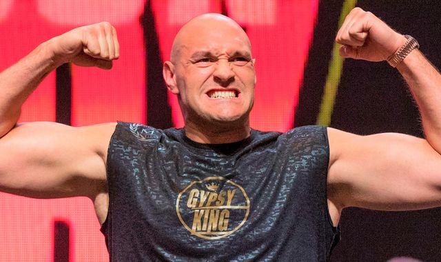 Wilder v Fury 2: Tyson Fury three stone heavier that Deontay Wilder ahead of heavyweight rematch