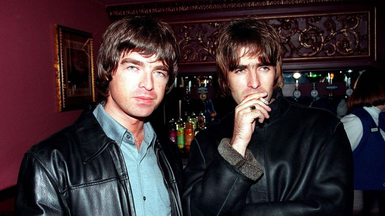 LONDON - 1995: Oasis lead singer Liam Gallagher and brother Noel Gallagher at the opening night of Steve Coogan's comedy show in the West End, London. (Photo by Dave Hogan/Getty Images)