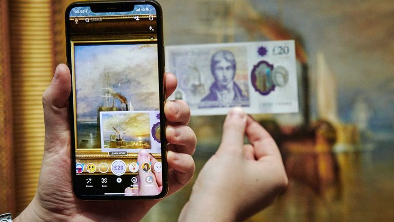 Snapchat is using augmented reality to bring the new £20 notes to life