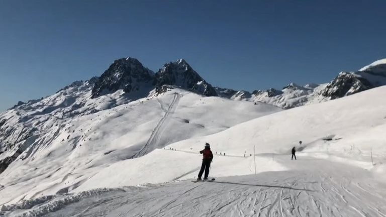The rescuers have warned of the danger of skiing away from the designated paths. Pic: La Chamoniarde