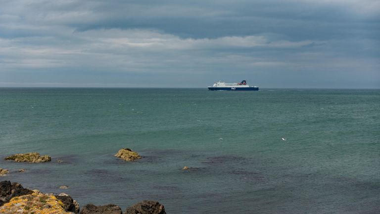 NOT FOR TV (via Alamy)