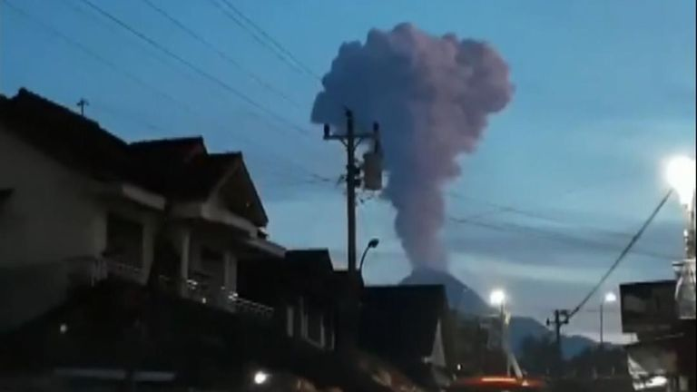 Spectacular moment Indonesia's Mount Merapi volcano erupts
