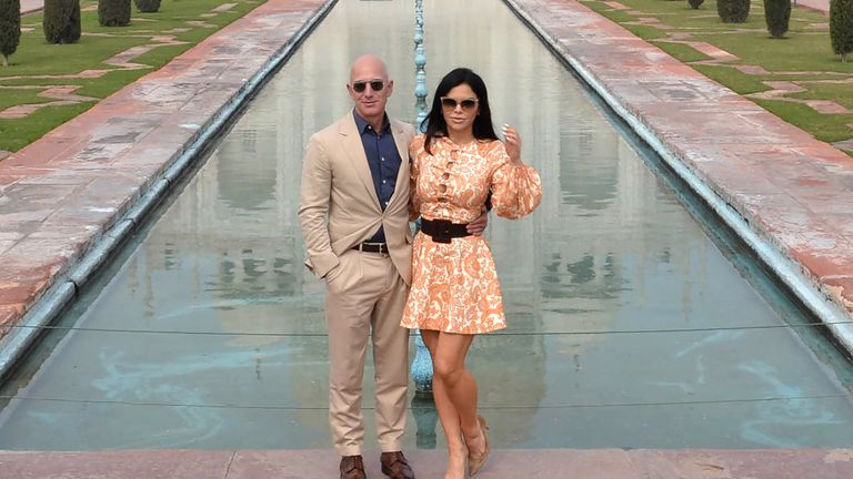 Jeff Bezos and his girlfriend Lauren Sanchez are believed to have been househunting in LA for some time