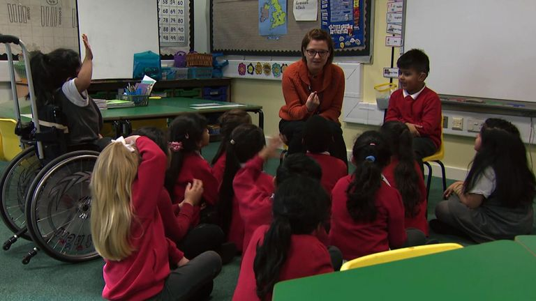 Lyndhurst Primary School in Oldham introduced signing five months ago