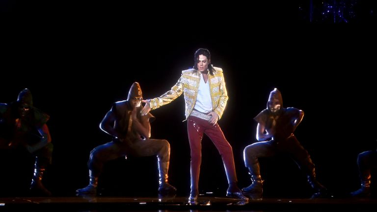 Michael Jackson's hologram performed the moonwalk at the 2014 Billboard Music Awards