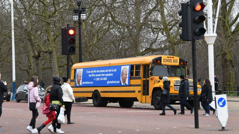 The bus was seen driving along The Mall towards Buckingham Palace