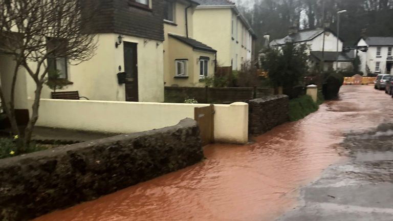 Heavy rain and flooding in Abbotskerswell, Devon, as Storm Dennis hits