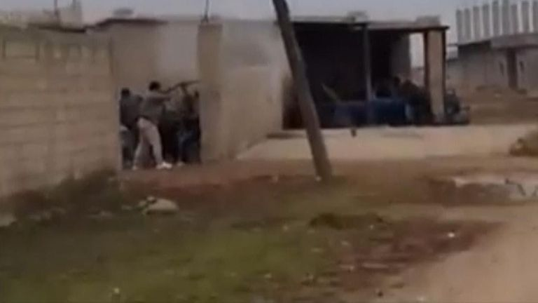 US troops encounter Syrian government workers near checkpoint