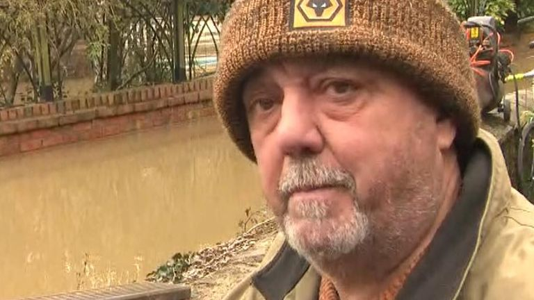 Flood victim in Shropshire invites Boris Johnson for a pint