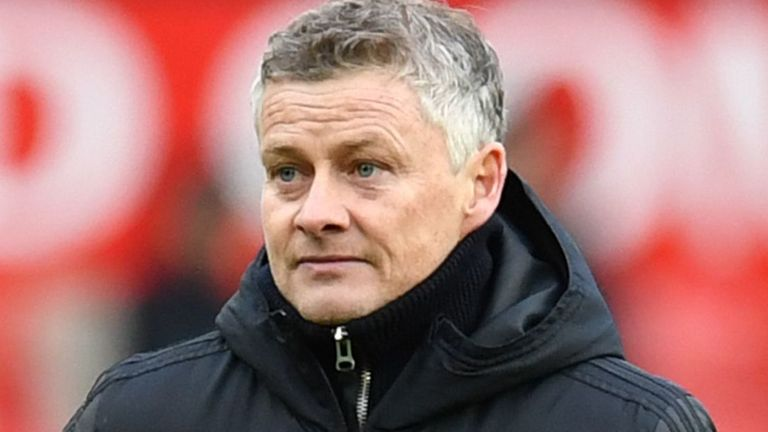 In a Transfer Talk Q&A, Dharmesh Sheth discusses what budget Manchester United will have to spend in the next transfer window and who they may target.