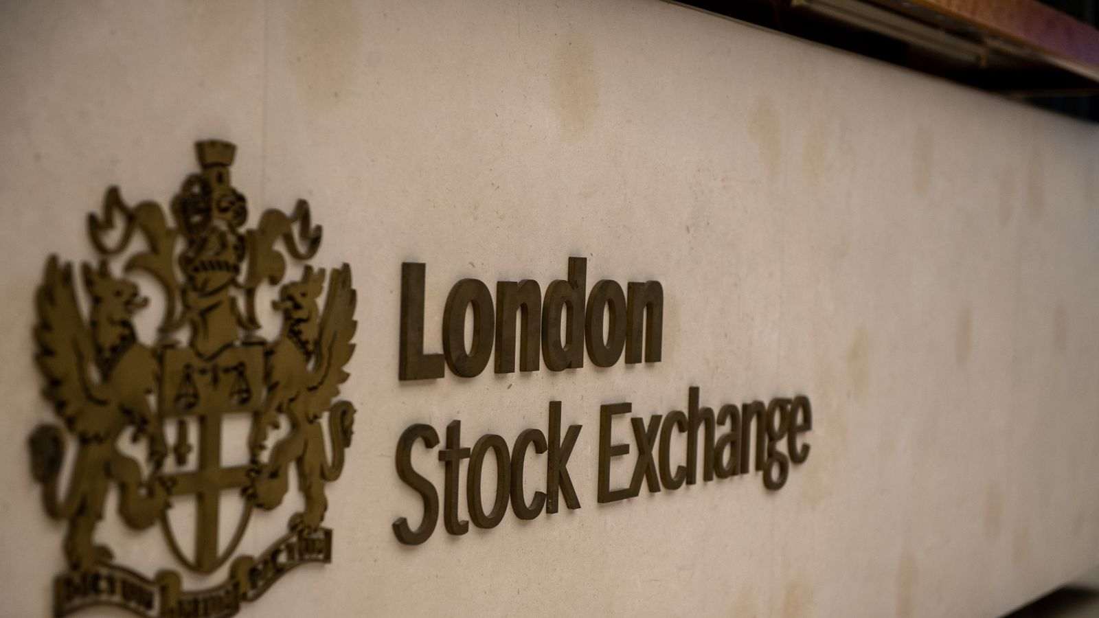 LSE leads push to allow 'virtual' AGMs over COVID-19 - EpicNews