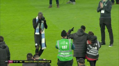Mendy borrows a camera!