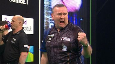 Durrant hits 129 checkout to win