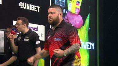 Smith hits stunning 134 checkout