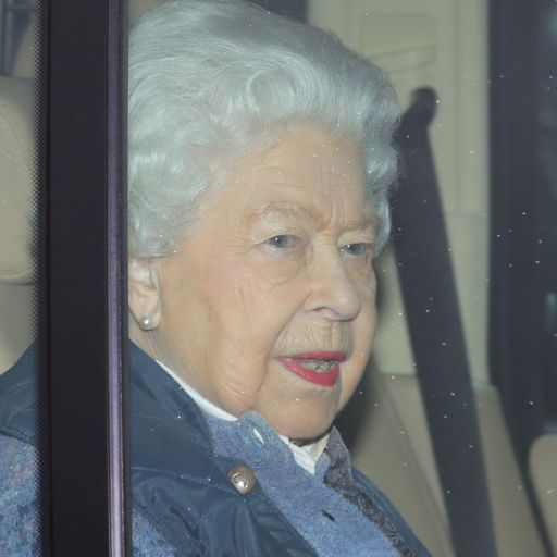 Queen issues message as UK enters 'period of great concern'