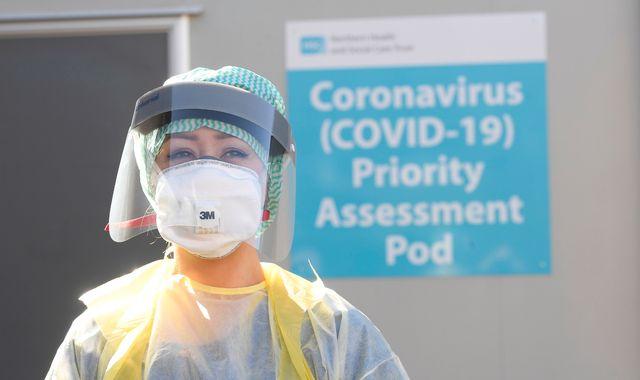Coronavirus: Yoga teacher 'so grateful' after #clapforourcarers campaign goes viral