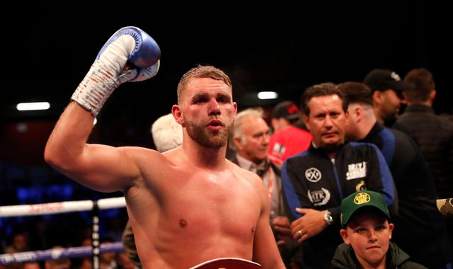 Boxing champion Billy Joe Saunders suspended after posting video 'showing men how to hit women'