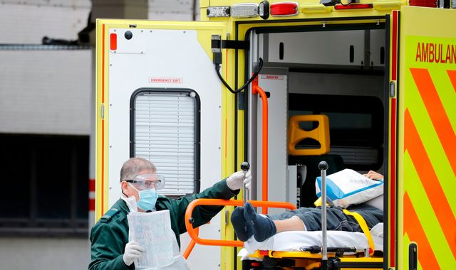 Coronavirus cases 'plateau' in UK as ventilators near production