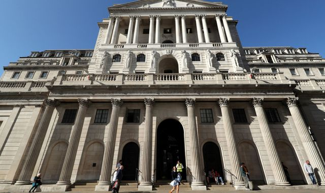 Coronavirus: Bank of England warns of 'sharp' virus hit as stocks resume slide