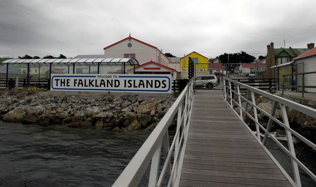 Coronavirus: UK doubles intensive care beds on Falkland islands