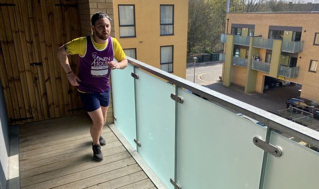 Coronavirus: Self-isolating London man runs half marathon on balcony