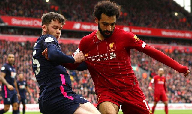 Coronavirus: Premier League, Football League and PFA warn of 'difficult decisions'