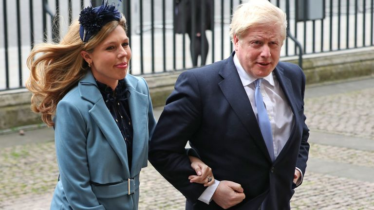 Boris Johnson and his pregnant fiance Carrie Symonds arrive at Westminster Abbey