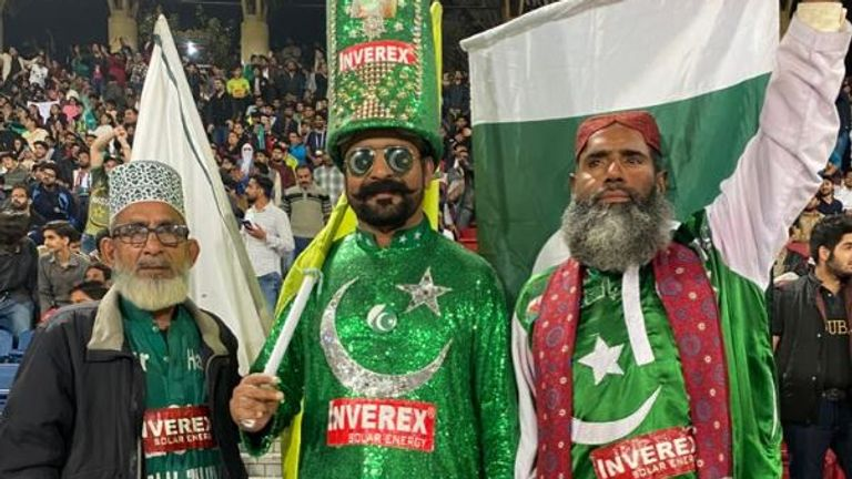 Cricket fans in Pakistan