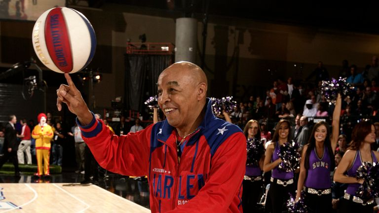 PHOENIX - FEBRUARY 13: Harlem Globetrotter Curly neal entertains the fans during the McDonald's All-Star Celebrity Game on center court during NBA Jam Session Presented by Adidas on February 13, 2009 at the Phoenix Convention Center in Phoenix, Arizona.  NOTE TO USER: User expressly acknowledges and agrees that, by downloading and or using this photograph, User is consenting to the terms and conditions of the Getty Images License Agreement. Mandatory Copyright Notice: Copyright 2009 NBAE  (Photo by Joe Murphy/NBAE via Getty Images)