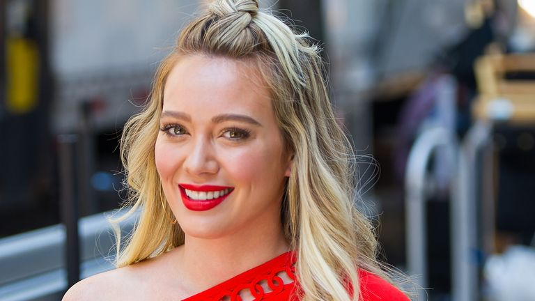 Hilary Duff warns fellow millenials to be less selfish