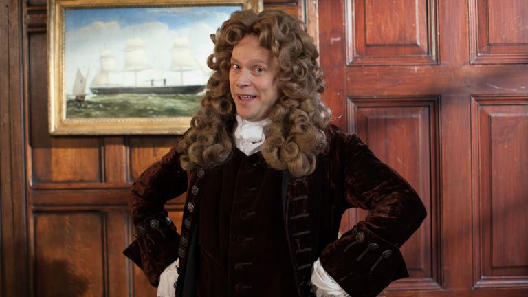 Robert Webb as Christopher Wren in Horrible Histories: The Grisly Great Fire Of London. Pic: Lion Television
