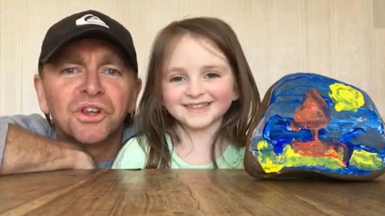 Leicestershire artist Jonjo Elliott is teaching art classes online with the help of his children while kids are off school