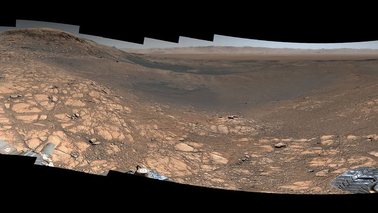 Curiosity captured this highest-resolution panorama of the Martian surface. Pic: NASA