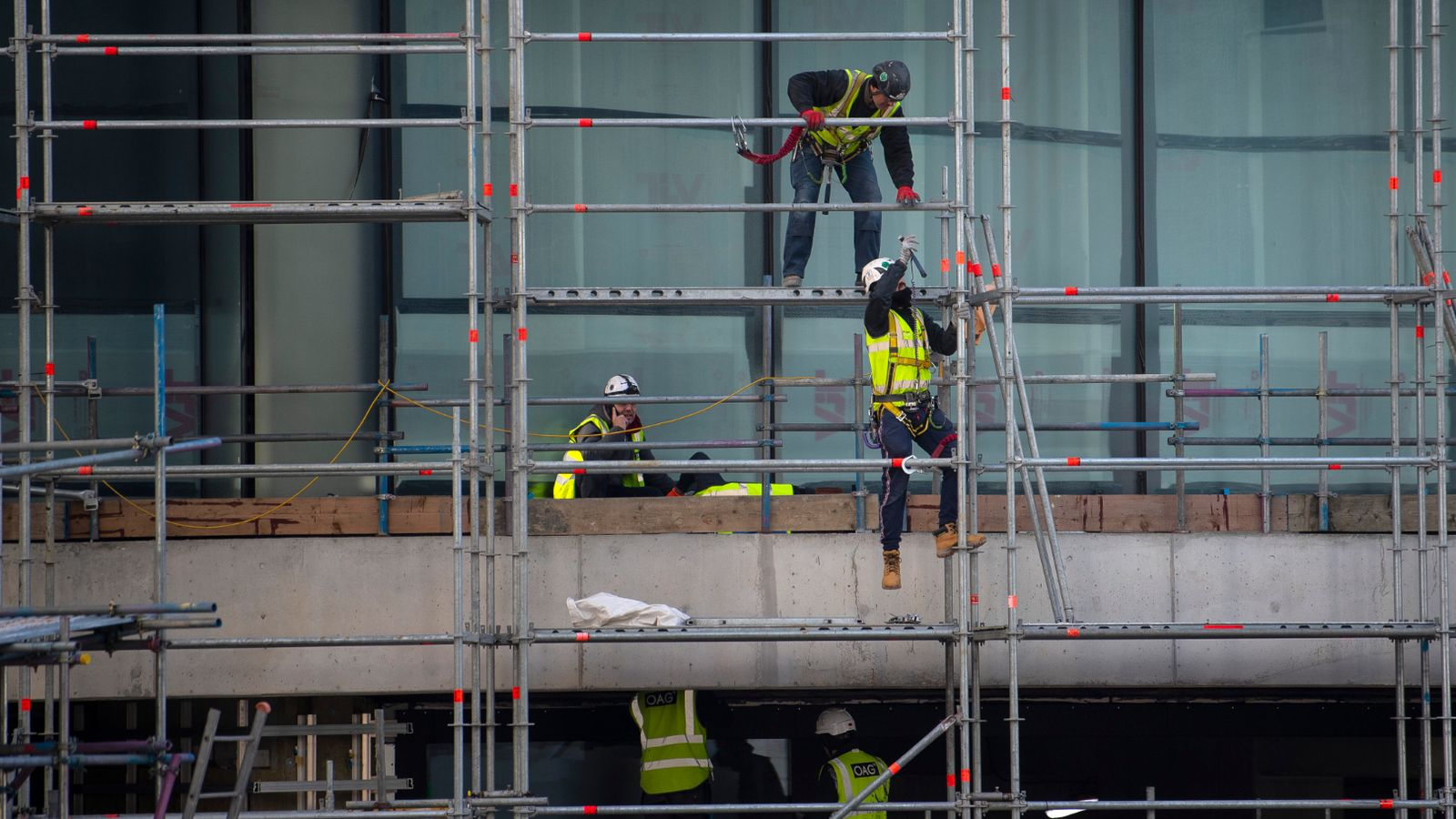'Steep rebound' in UK construction output as more sites reopen | Business News