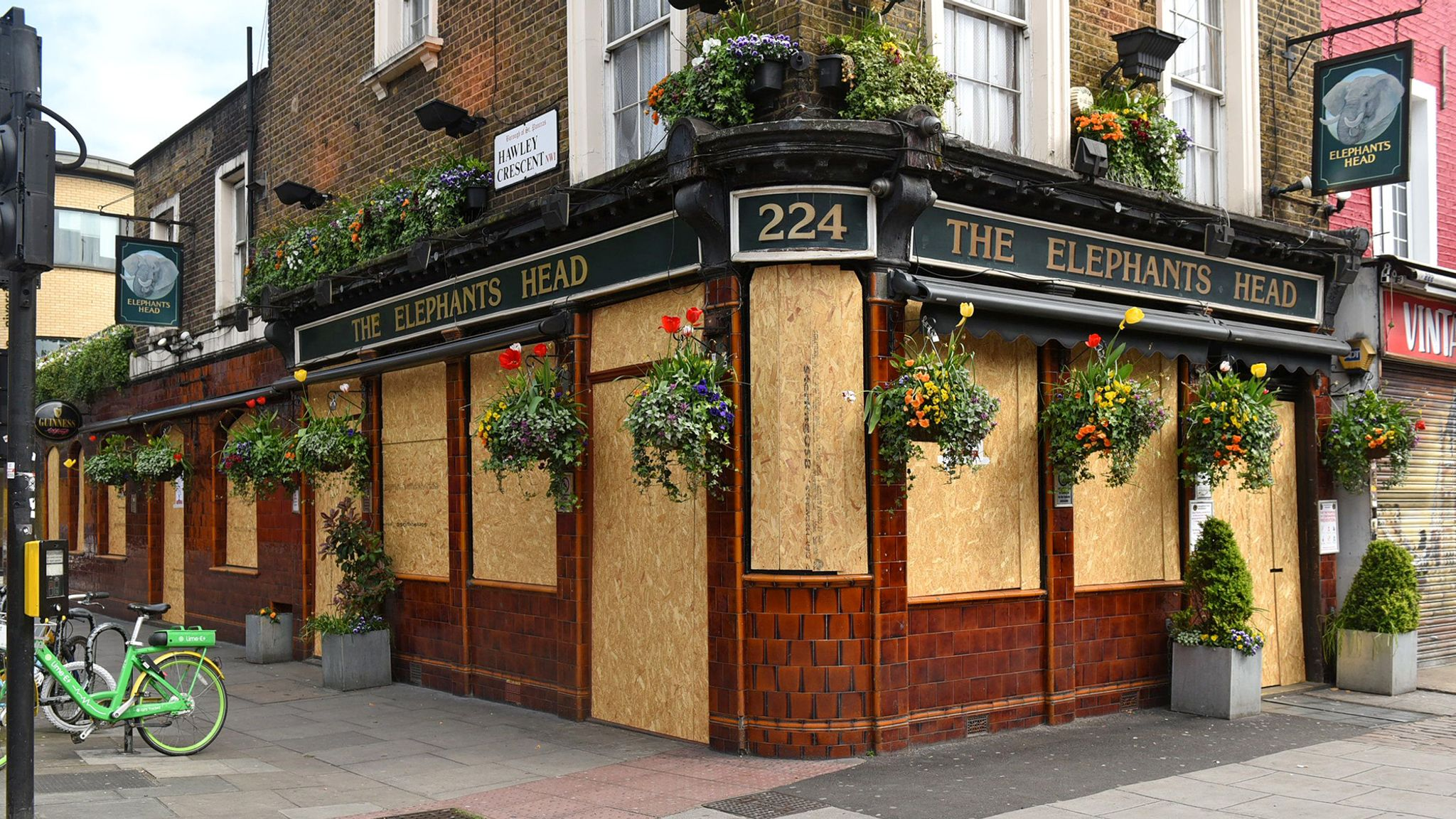 Coronavirus When Pubs Restaurants And Shops Reopen It May Not Be Plain Sailing Business News Sky News