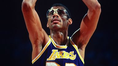 Kareem becomes NBA all-time leading scorer