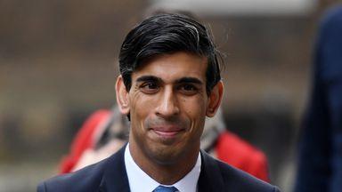 Govt defend Cheltenham, Liverpool going ahead