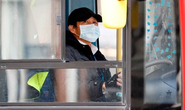 Coronavirus: New middle-door only boarding trial for buses to protect bus drivers and key workers