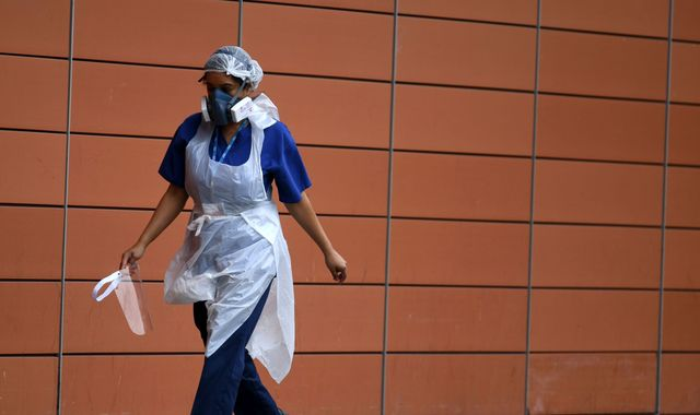 Coronavirus: Government accused of blindsiding NHS trusts with new face mask rules