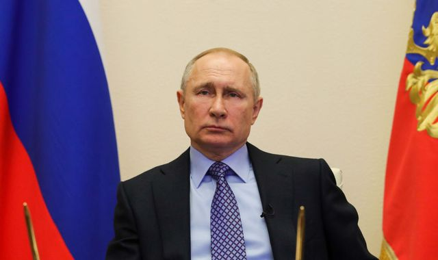 Coronavirus: Putin seeks political point-scoring in COVID-19 world crisis