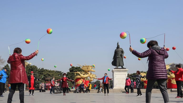This photo taken on April 6, 2020 shows residents playing at a park in Shenyang in China's northeastern Liaoning province. - China on April 7 reported no new COVID-19 coronavirus deaths for the first time since it started publishing figures in January, the National Health Commission said. (Photo by STR / AFP) / China OUT (Photo by STR/AFP via Getty Images)