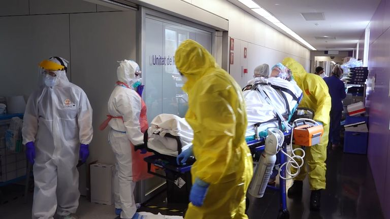 A patient arrives at a Barcelona ICU.