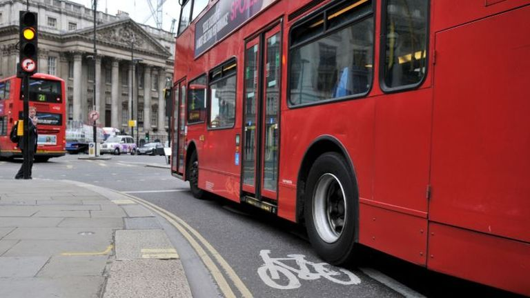London bus drivers say buses are not being cleaned properly