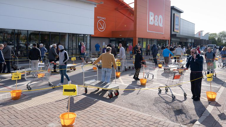 B&Q, Sutton In Ashfield, Nottinghamshire has opened its doors today. Pic: SWNS
