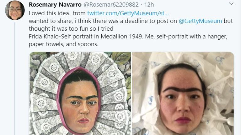 This Twitter user recreated a Frida Kahlo self-portrait
