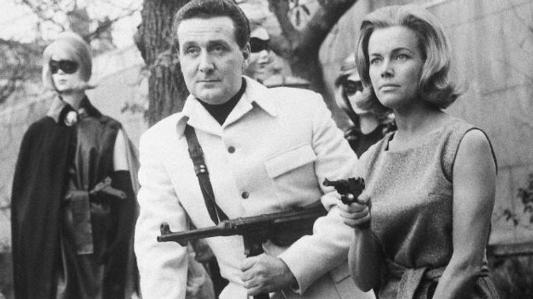 Honor Blackman with Patrick MacNee in The Avengers